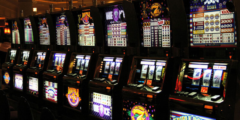The evolution of slot machines games 1